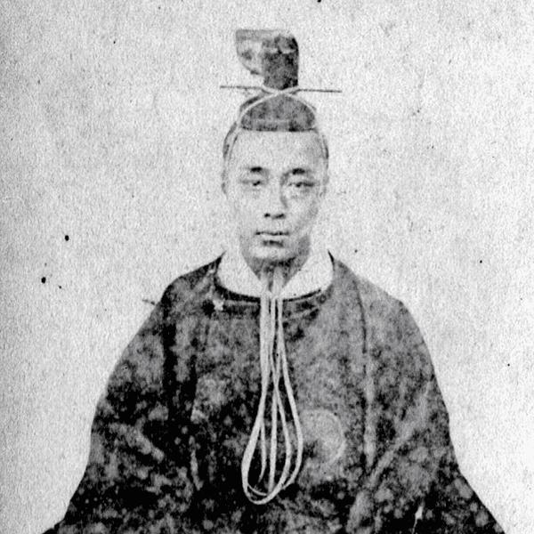 徳川慶喜の肖像写真(個人蔵、1866年頃撮影)