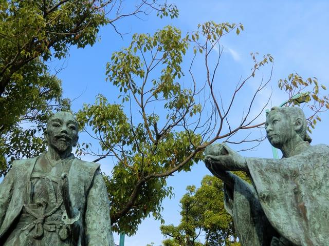 長浜駅にある、秀吉公と三成公出逢いの像
