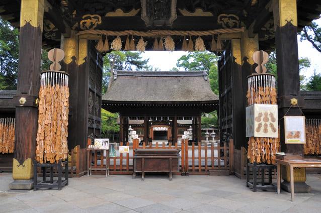 秀吉を祀る豊国神社(京都市)の唐門。国宝指定。