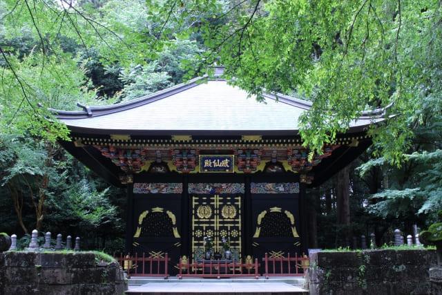 瑞鳳殿境内の感仙殿