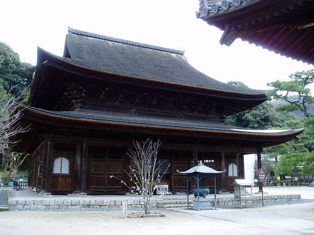 安芸安国寺(不動院)の金堂
