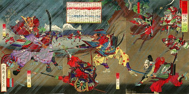 織田信長は桶狭間の出陣前に、どんな姿勢でご飯を食べた?