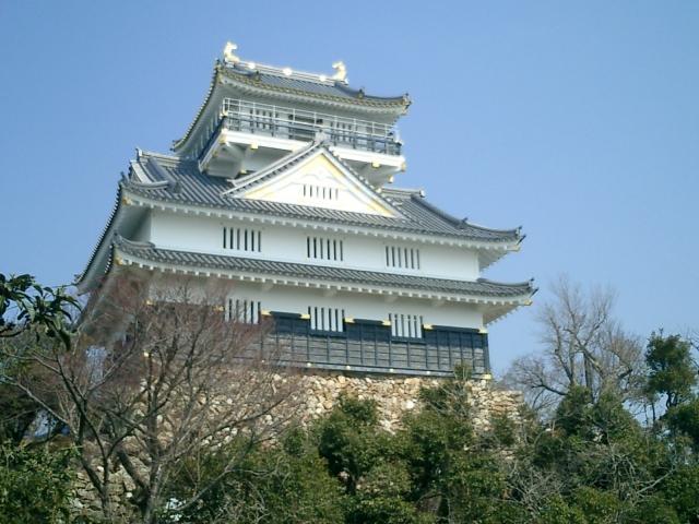 稲葉山城を岐阜城に改名した人物は?