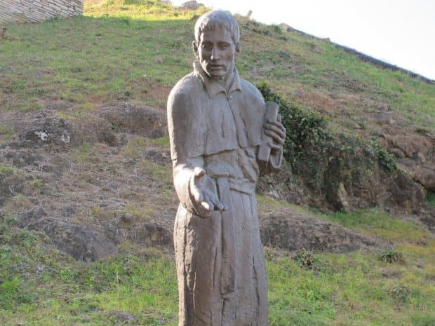 長崎県西海市の横瀬浦公園にあるルイスフロイス像