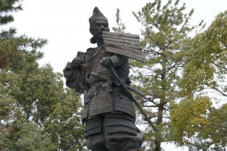 愛知県清須市の清洲公園にある織田信長の像