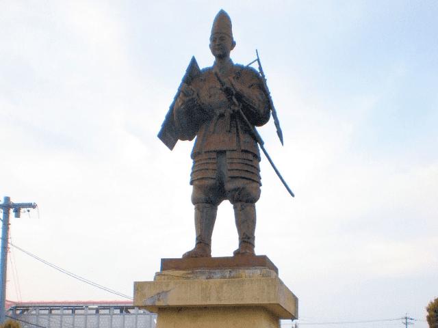 愛知県春日井市にある浅井長政の像