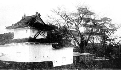 第二次世界大戦で焼失する前の大垣城