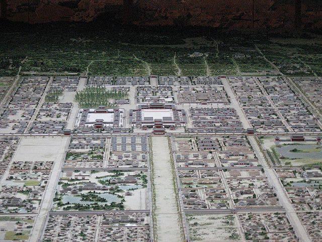 平安京の復元模型写真(天皇のいる大内裏付近)