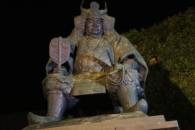武田信玄公像2