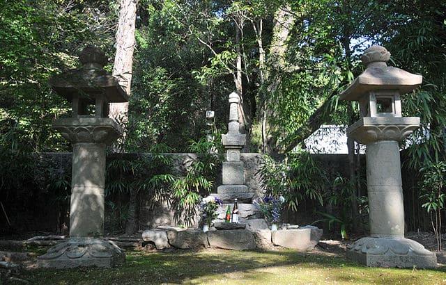 雪蹊寺(高知県高知市長浜)にある長宗我部信親の墓所