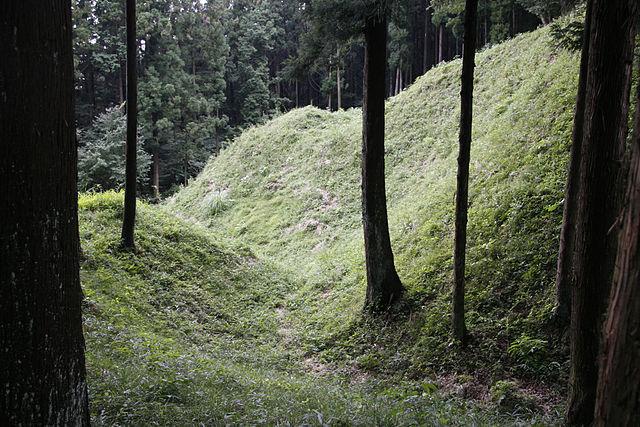 V字状になった堀の形を何と呼ぶ?